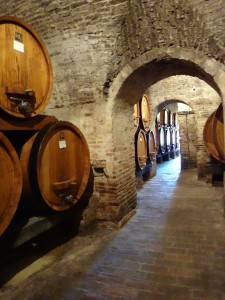 Vino Nobile di Montepulciano in Oak